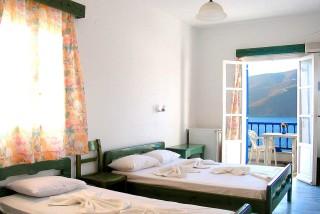 accommodation pelagos hotel bedroom