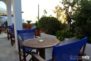 accommodation pelagos hotel tables