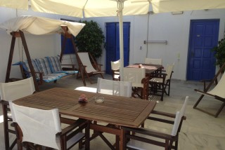 facilities pelagos hotel big sitting room