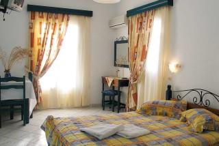 pelagos hotel big bedroom