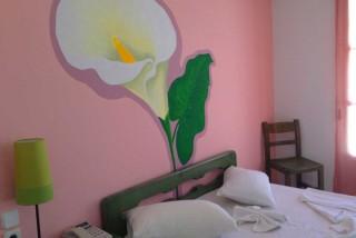 pelagos hotel pink room